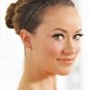 Швидка зачіска на середні волосся за п'ять хвилин