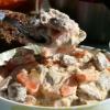 Як готувати курячі сердечка в сметанному соусі в мультварке