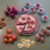 Як зробити їжу для ляльок з пластиліну? Поради молодим мамам