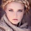 Красиве плетіння на довге волосся