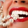 Професійне відбілювання зубів: способи, протипоказання
