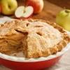 Шарлотка з яблуками з корицею: кілька рецептів пирога